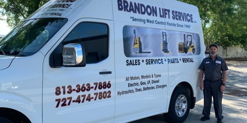 Brandon Lift Van and Worker